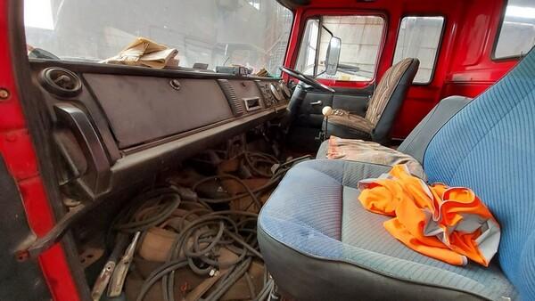 45#6222 Autocarro Fiat 130 in vendita - foto 11