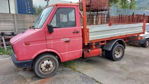 47#6222 Autocarro Iveco Daily in vendita - foto 1