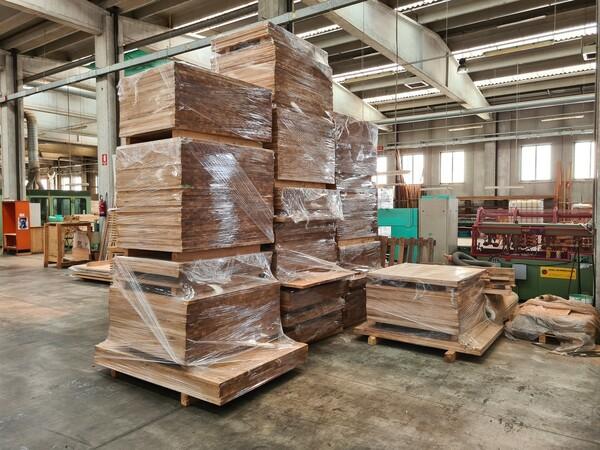 2#6224 Giacenze di magazzino di materiale legnoso in vendita - foto 2