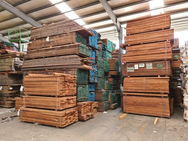 2#6224 Giacenze di magazzino di materiale legnoso in vendita - foto 48