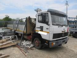 Mercedes 817 truck with crane - Lot 15 (Auction 6230)