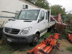 Mercedes truck - Lot 24 (Auction 6230)