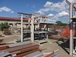 Structures and gratings - Lot 5 (Auction 6230)