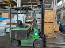 Pieralisi PU2000 forklift sp - Lot 1 (Auction 6252)
