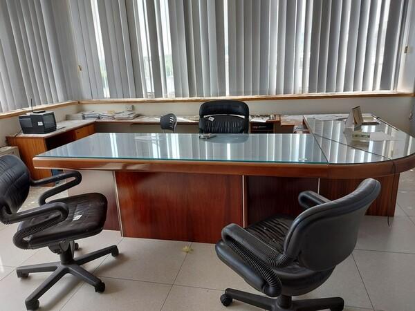 14#6252 Mobili e arredi ufficio in vendita - foto 43