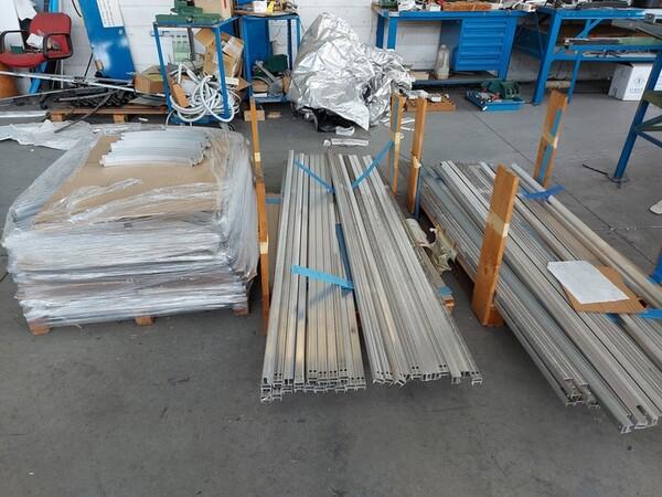 6#6259 Tubolari in alluminio e profili in vendita - foto 2
