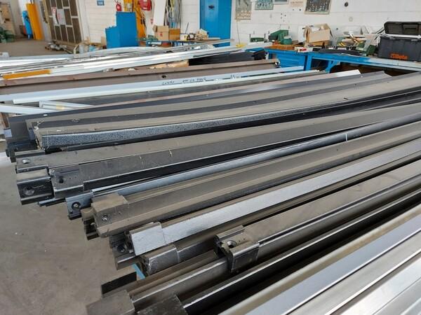 6#6259 Tubolari in alluminio e profili in vendita - foto 13