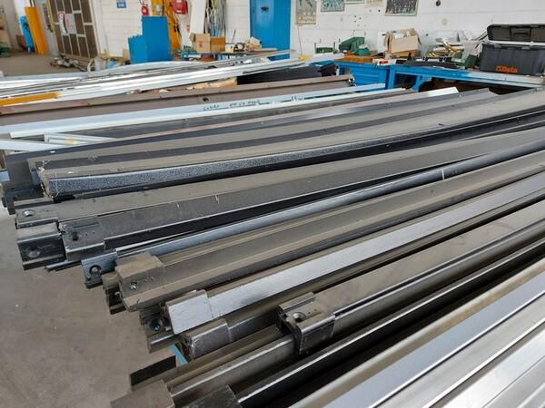 6#6259 Tubolari in alluminio e profili in vendita - foto 14