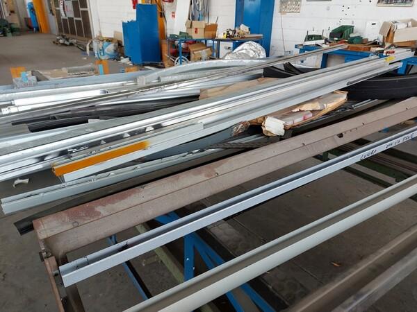 6#6259 Tubolari in alluminio e profili in vendita - foto 15