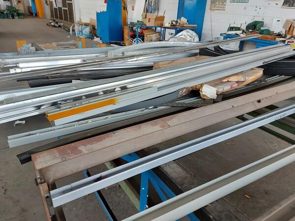 6#6259 Tubolari in alluminio e profili in vendita - foto 16