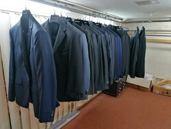 Sale in stock of clothes for men and women - Lot 1 (Auction 6267)