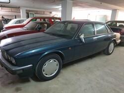 Jaguar XJ6 car - Lot 1 (Auction 6268)