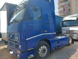 Volvo Truck tractor and Viberti semitrailer - Lot 3 (Auction 6269)
