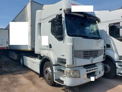 Renault Trucks tractor and Margaritelli Italia Spa semi trailer - Lot 9 (Auction 6269)