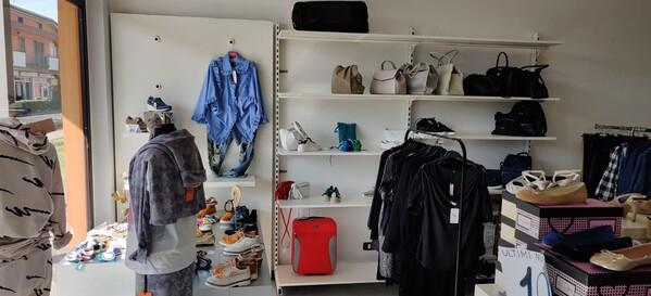 1#6272 Arredamento negozio scarpe in vendita - foto 12