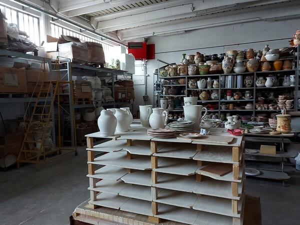 1#6283 Prodotti finiti in ceramica e scaffalature in vendita - foto 4
