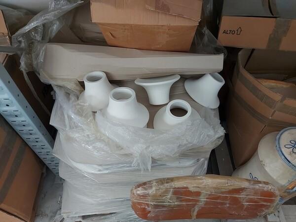 1#6283 Prodotti finiti in ceramica e scaffalature in vendita - foto 14
