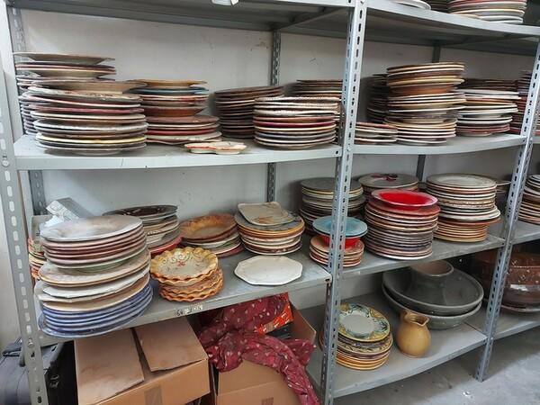 1#6283 Prodotti finiti in ceramica e scaffalature in vendita - foto 17