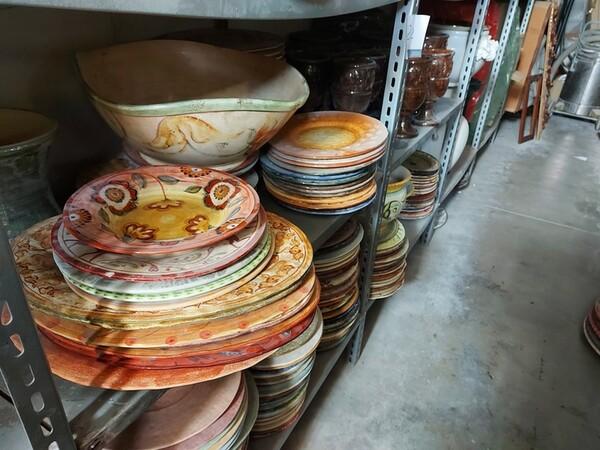 1#6283 Prodotti finiti in ceramica e scaffalature in vendita - foto 23