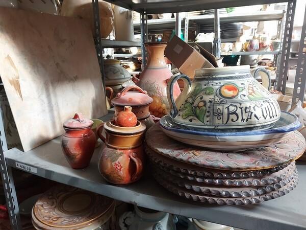 1#6283 Prodotti finiti in ceramica e scaffalature in vendita - foto 26