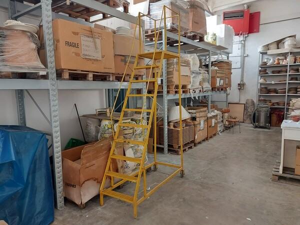 1#6283 Prodotti finiti in ceramica e scaffalature in vendita - foto 41