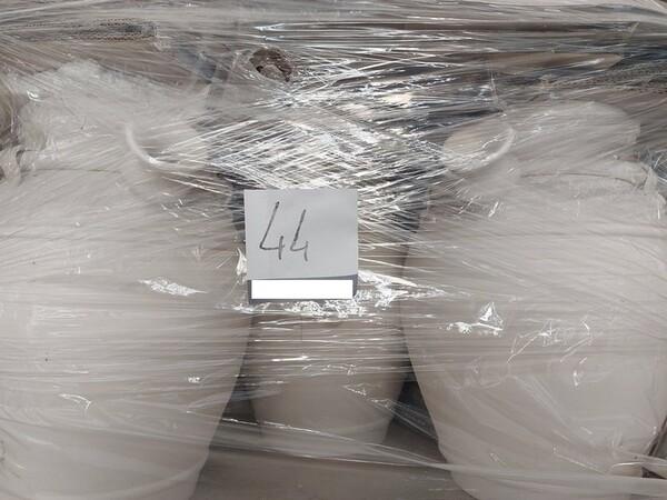 1#6283 Prodotti finiti in ceramica e scaffalature in vendita - foto 42