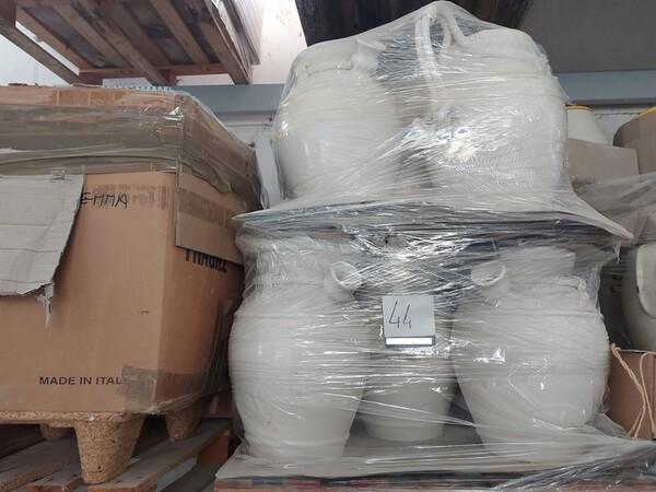 1#6283 Prodotti finiti in ceramica e scaffalature in vendita - foto 44