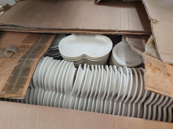 1#6283 Prodotti finiti in ceramica e scaffalature in vendita - foto 51