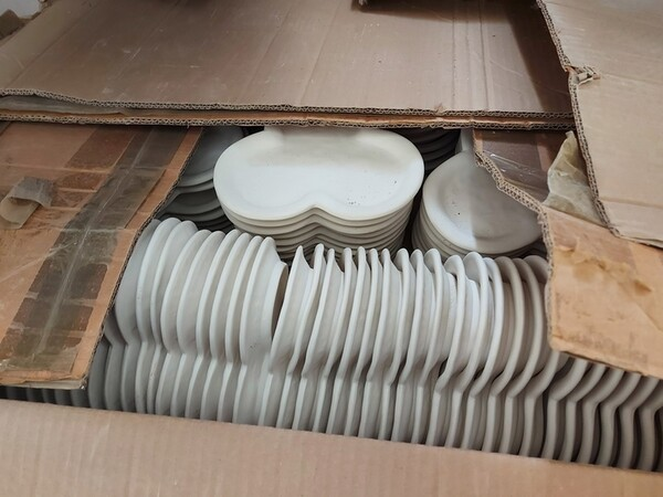 1#6283 Prodotti finiti in ceramica e scaffalature in vendita - foto 52