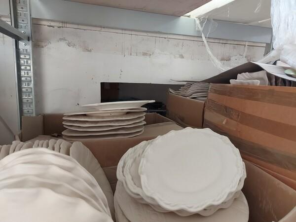 1#6283 Prodotti finiti in ceramica e scaffalature in vendita - foto 59