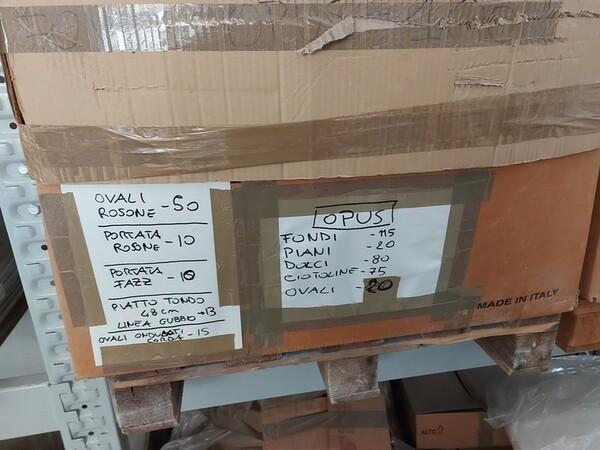 1#6283 Prodotti finiti in ceramica e scaffalature in vendita - foto 61
