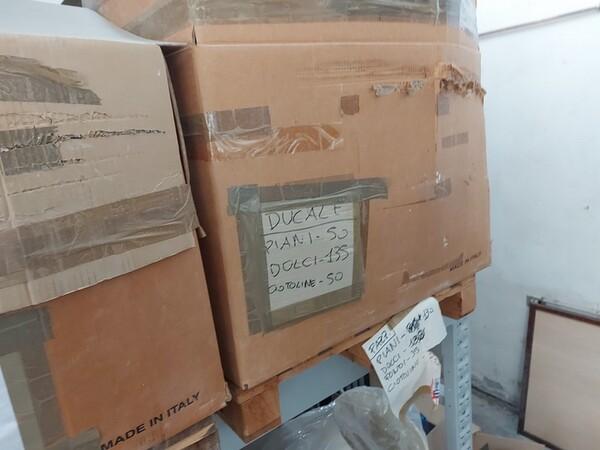1#6283 Prodotti finiti in ceramica e scaffalature in vendita - foto 62