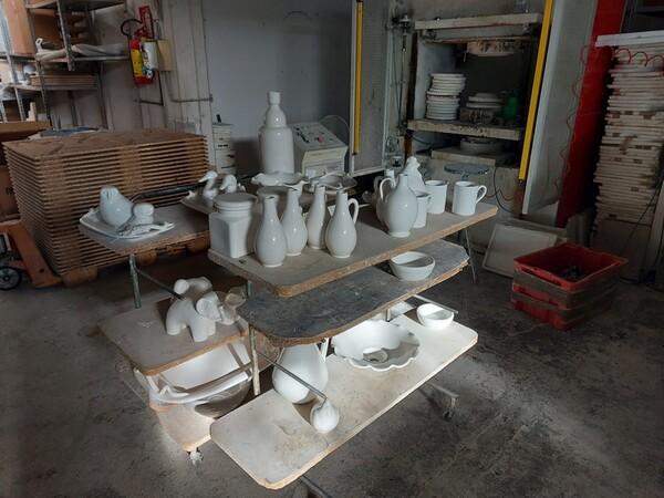 1#6283 Prodotti finiti in ceramica e scaffalature in vendita - foto 74