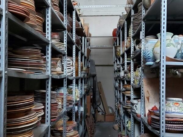 1#6283 Prodotti finiti in ceramica e scaffalature in vendita - foto 80