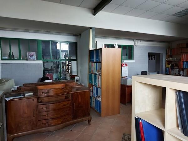 4#6283 Arredi ufficio e macchine per lavorazione ceramica in vendita - foto 2