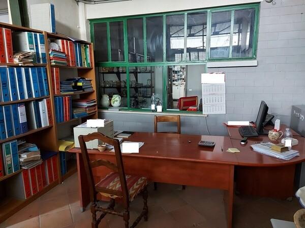 4#6283 Arredi ufficio e macchine per lavorazione ceramica in vendita - foto 4