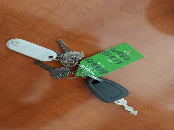 6#6283 Autocarro Iveco in vendita - foto 2