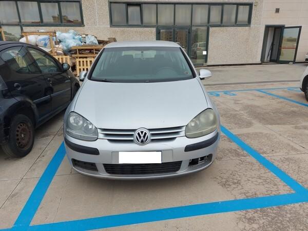 3#6284 Autovettura Volkswagen Golf in vendita - foto 1