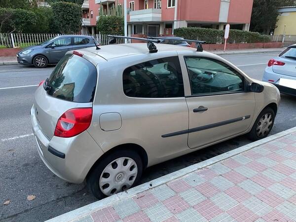 4#6284 Autovettura Renault Clio in vendita - foto 2