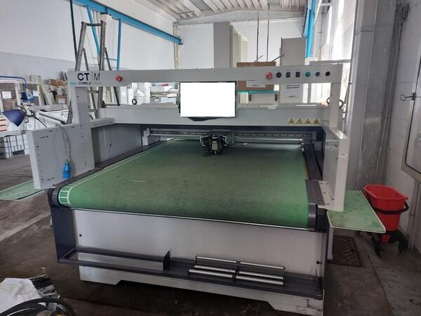 Macchine taglio tessuti in vendita