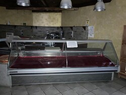 Cheese butchery display counter - Lot 4 (Auction 6301)