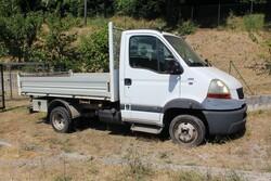 Renault  truck - Lot 2 (Auction 6305)