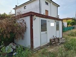Box in lamiera zincata e box coibentati - Lotto 13 (Asta 6336)