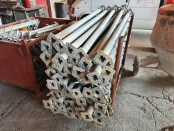 Doka wooden beams and construction equipment - Lot 8 (Auction 6336)