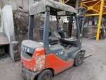 Toyota forklift - Lot 8 (Auction 6341)