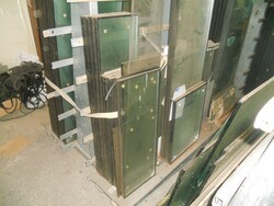Glass panes and sheets - Lot 22 (Auction 6344)