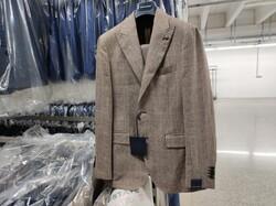 Asta di stock di abbigliamento per uomo Angelo Nardelli - Lotto 0 (Asta 6372)