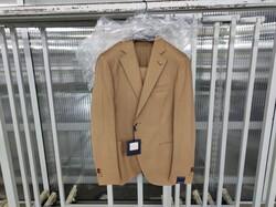 Stock di abiti per uomo Angelo Nardelli - Lotto 9 (Asta 6372)