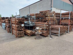 Innocenti pipes and joints for scaffolding - Lot 50002 (Auction 6396)