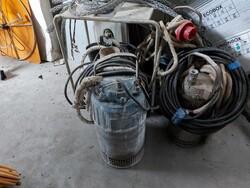 Pumps - Lot 10191 (Auction 6400)
